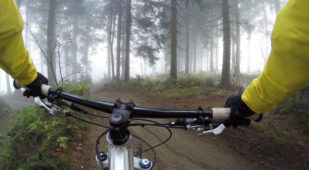 cycling-828646_1920